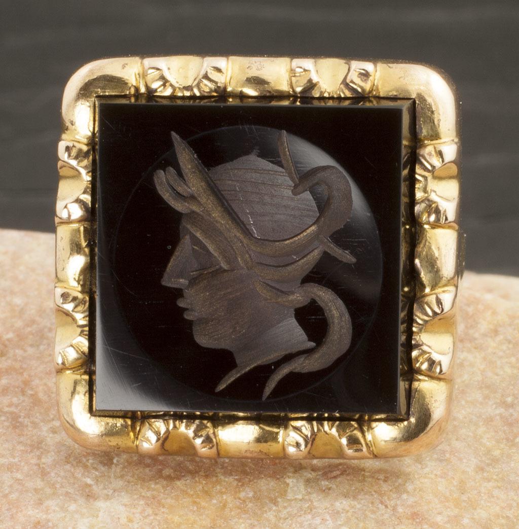 Vintage Art Deco 10 Karat Intaglio Ring