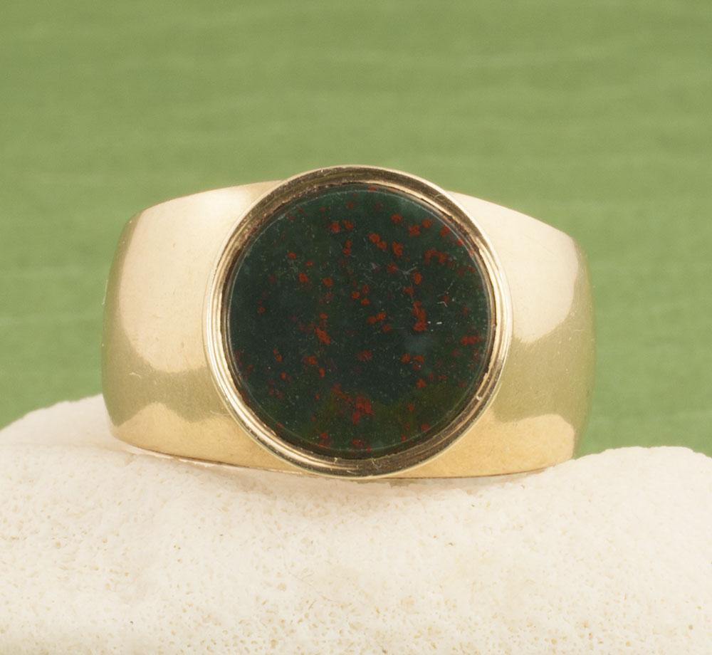 Vintage 14 Karat Gold Bloodstone Ring
