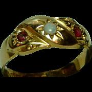 Ornate Mid-Edwardian{Chester 1905} 18ct Gold 3-Stone Opal + Garnet Gemstone Ring.