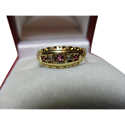 Attractive Early Edwardian(Chester 1901) 18ct Gold 5-Stone Diamond + Ruby Gemstone Ring.