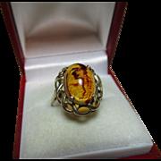 Vibrant Vintage 9ct Gold 'Oval Shaped' Amber Gemstone Ring