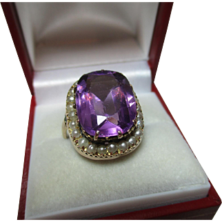Decorative Antique 9ct Gold Amethyst + Split Seed-Pearl Gemstone Ring{7.0 grams}