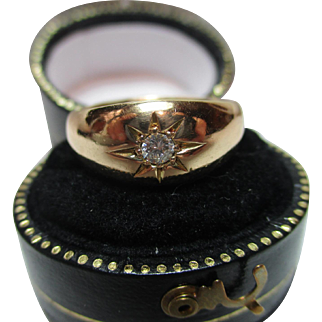 Decorative Antique 18ct Solid Gold Diamond Solitaire Gemstone Ring{0.15ct Diam' Weight / 4.7 Grams Gold Wt}