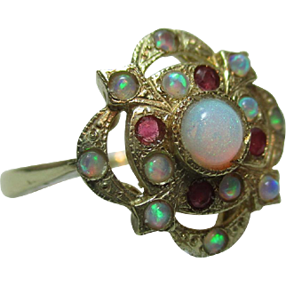 Exquisite Vintage 9ct Solid Gold Ruby + Opal Gemstone Cluster Ring