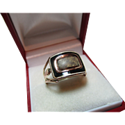 Superb Georgian III{circa 1806} 18ct Gold Black Enamel Memorial Ring