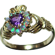 Pretty Vintage 9ct Solid Gold Opal + Heart Shaped Amethyst Gemstone Irish 'Claddagh' Ring.
