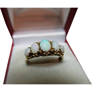 Pretty Antique 9ct Solid Gold 5-Stone Opal Gemstone Ring