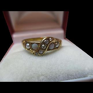 Pretty Antique 18ct Solid Gold Diamond, Opal + Split Seed-Pearl Gemstone Twist Ring