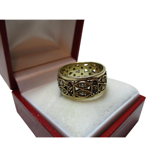 Decorative 9ct Solid Gold Garnet + Split Seed-Pearl Gemstone 'Eternity' Ring{5.4 Grams}