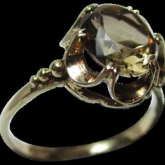 Decorative Vintage{Birmingham 1979} 9ct Gold 'Oval Shaped' Smoky Quartz Gemstone Ring