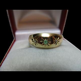 Attractive Antique{Birmingham 1915} 18ct Solid Gold 3-Stone Diamond + Emerald Gemstone Ring{3.8 Grams}
