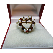 Pretty Vintage 9ct Solid Gold 'Heart Shaped' Opal + Garnet Gemstone Twist Ring