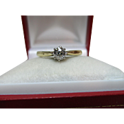 Pretty 18ct Solid Gold Diamond Solitaire Gemstone Ring{3.5 Grams}{0.3Ct Diamond Weight}