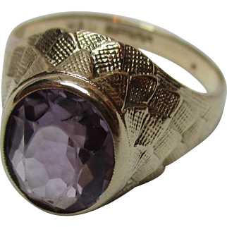 Decorative Vintage{Birmingham 1972} 9ct Solid Gold Amethyst Solitaire Gemstone Ring{4.1 Grams}
