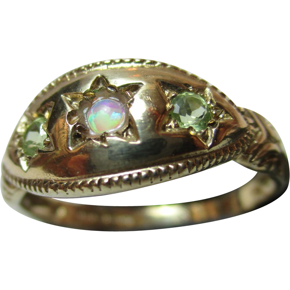 Decorative Vintage 9ct Solid Gold 3-Stone Opal + Peridot Gemstone Ring