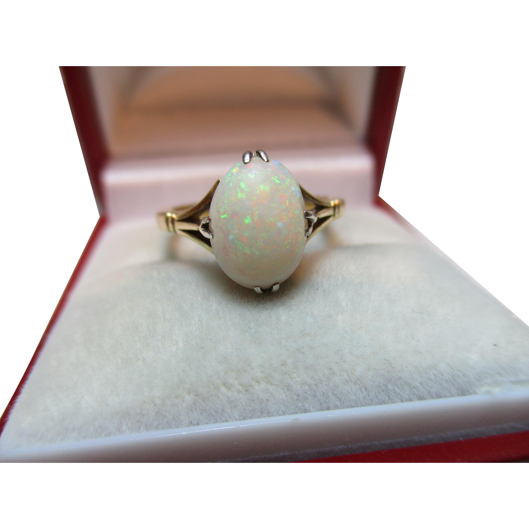 Antique 18ct Solid Gold 'Cushion Shaped' Opal Solitaire Gemstone Ring{2.9 Grams}