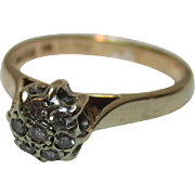 Attractive 9ct Solid Gold 7-Stone Diamond Gemstone Cluster Ring{0.15Ct Diamond Weight}