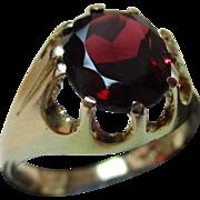 Vintage{Birmingham 1978} 9ct Solid Gold Garnet Solitaire Gemstone Ring