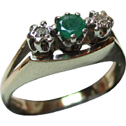 Attractive Vintage{London 1976} 9ct Solid Gold 3-Stone Diamond + Emerald Gemstone Ring