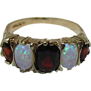 Vibrant Vintage 9ct Solid Gold 5-Stone Opal + Garnet Gemstone Ring{3.1 Grams}