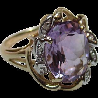 Delightful Vintage 14ct Solid Gold Diamond + Amethyst Gemstone Ring{5.0 Grams}
