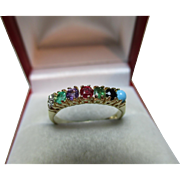 Pretty Vintage 9ct Solid Gold 'DEAREST' Ring