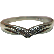 Pretty Vintage 9ct Solid Gold 5-Stone Diamond Gemstone 'Wishbone' Ring