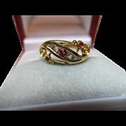 Lovely Edwardian{Birmingham 1909} 18ct Solid 7-Stone Gold Diamond + Ruby Gemstone Ring