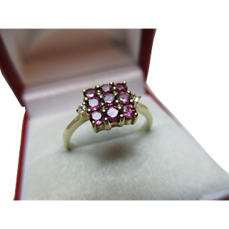 Pretty Vintage 9ct Solid Gold 'Square Shaped' Pink Tourmaline + Cubic Zirconia Gemstone Cluster Ring