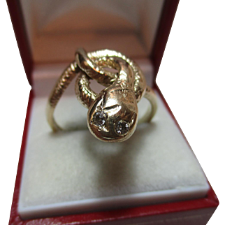 Large Vintage 9ct Solid Gold Diamond Gemstone 'Snake' Ring{9.1 Grams}