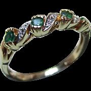 Pretty Vintage 9ct Solid Gold Diamond + Emerald Gemstone 'Half Eternity' Twist Ring