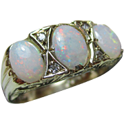 Attractive Vintage 9ct Solid Gold 7-Stone Diamond + Opal Gemstone Ring{3.3 Grams}