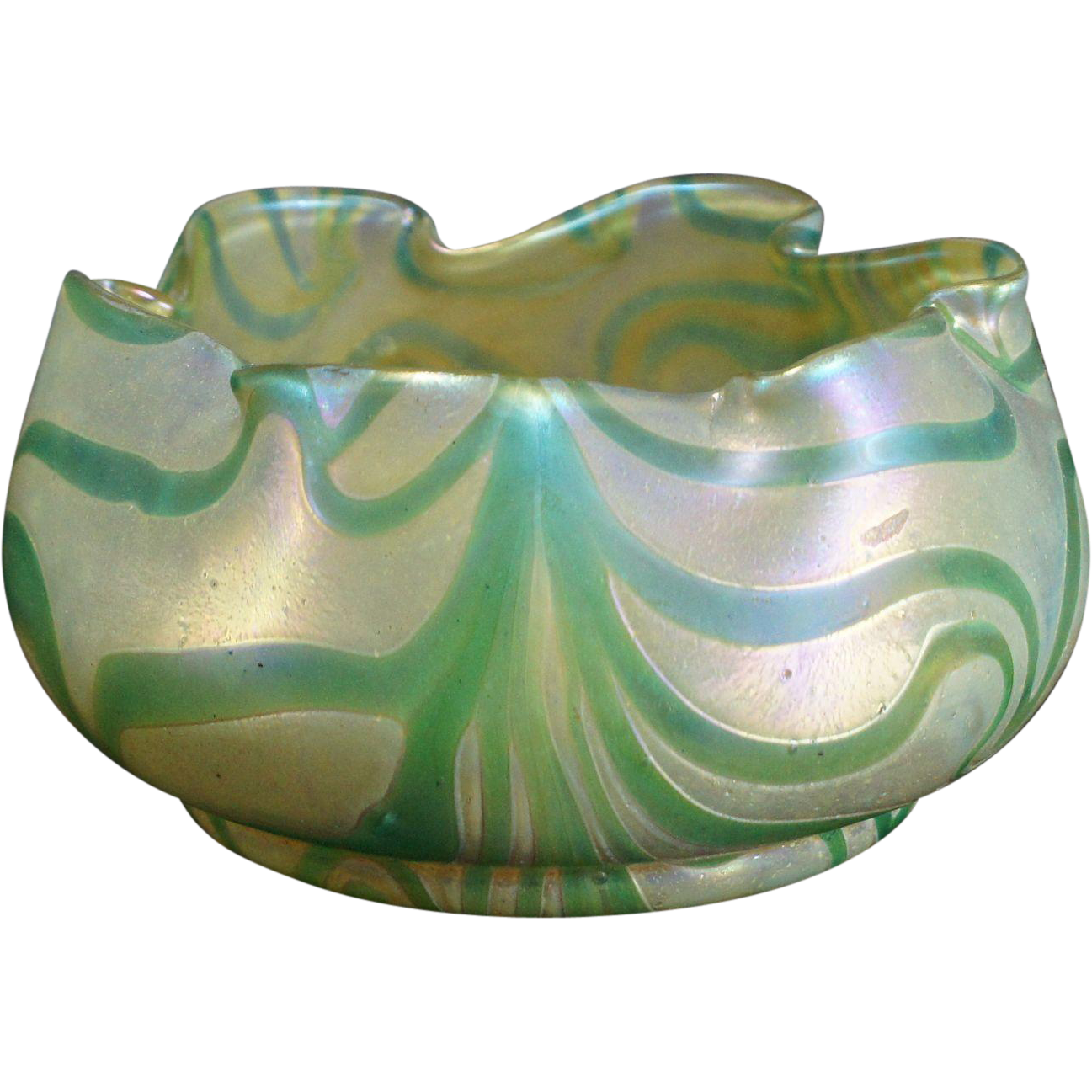 Stunning Wilhelm Kralik Sohn, Eleonarenhain Art Nouveau Art Glass Bowl c.1902