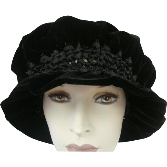 Victorian Hat Hand Made Silk Velvet