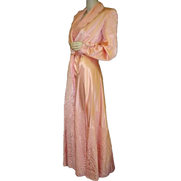 1920 Dressing Gown Robe Pink Satin Eleven Foot Sweep