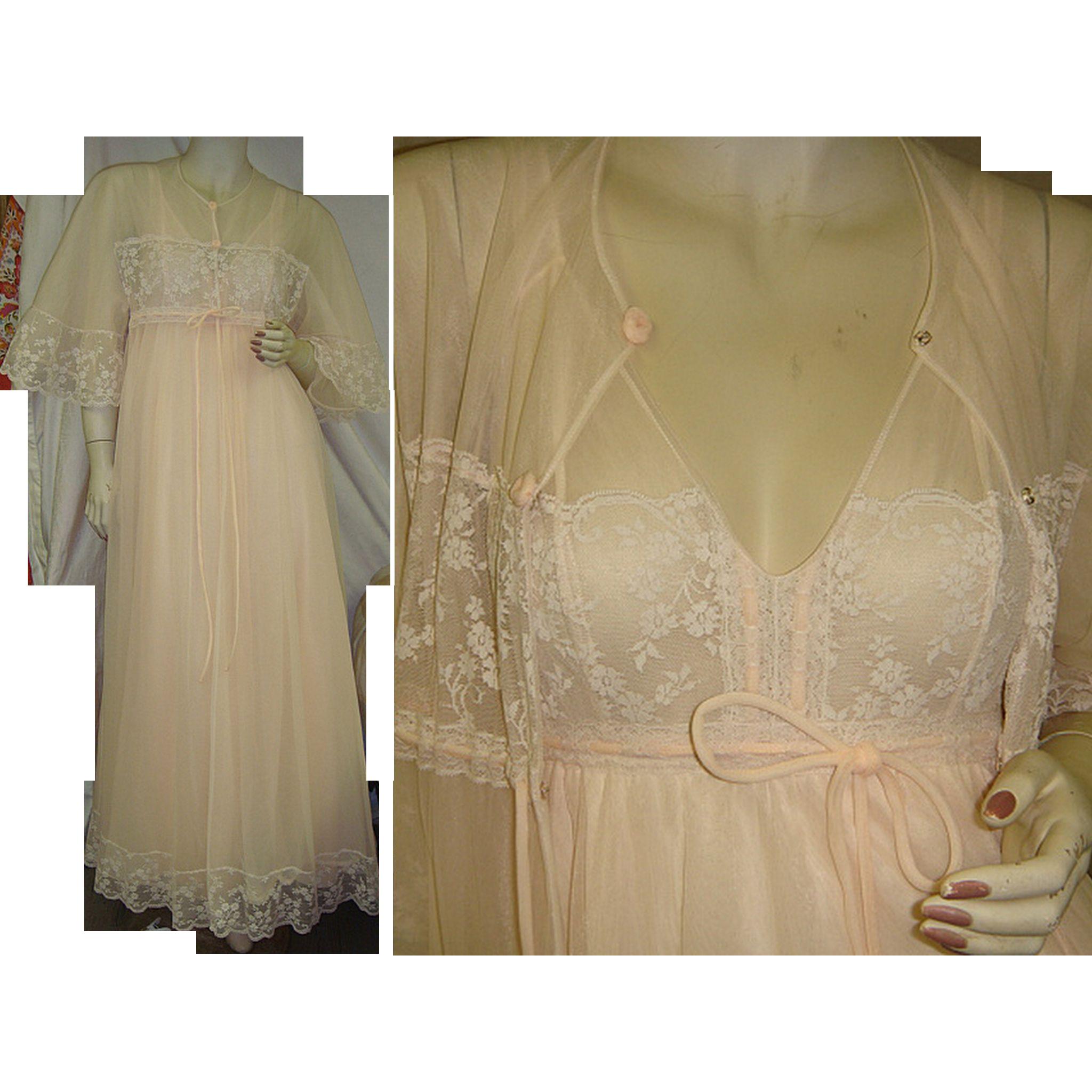 Intime California Peignoir Set Nightgown Robe 1950's