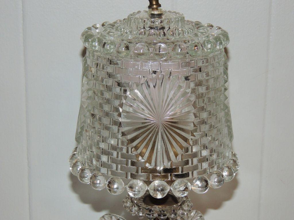 Art Deco Herringbone Leaf Glass Boudoir Lamp
