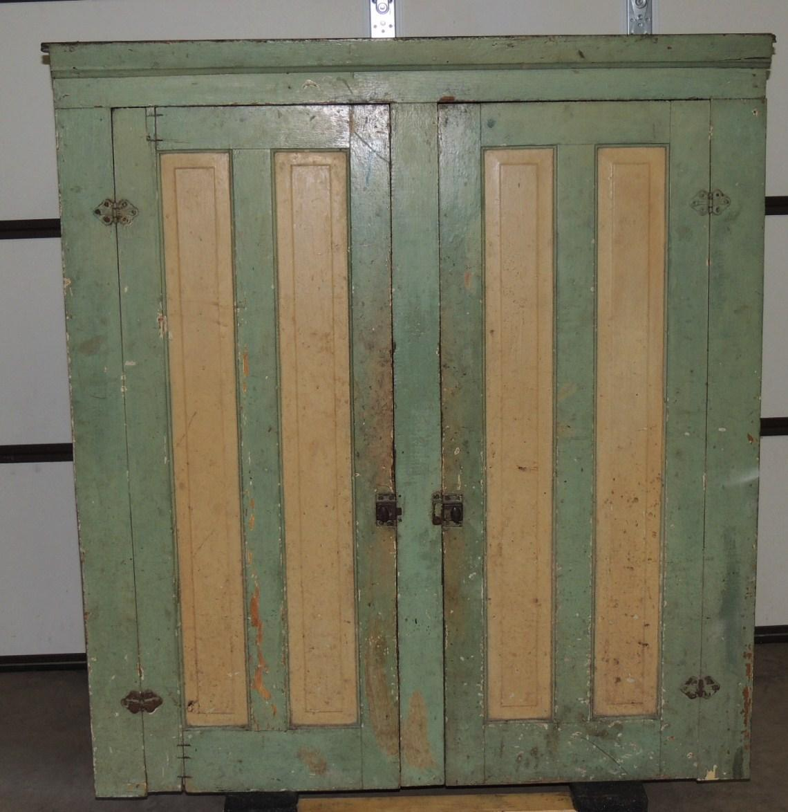 Roll over Large image to magnify, click Large image to zoom - Antique Primitive 2 Door Blind Hanging Cupboard Cream & Green