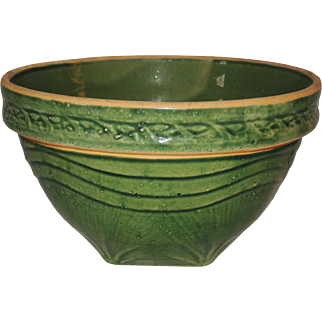 "McCoy Yellow Ware Pottery 10-1/2"" Bowl Green Sunrise"