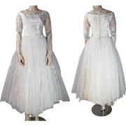 Vintage 1950's Long - Sleeved Tulle Lace And Satin Wedding Dress