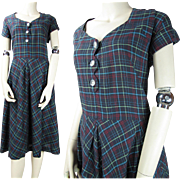 Vintage 1940's Plaid Cotton Day Dress Larger Size