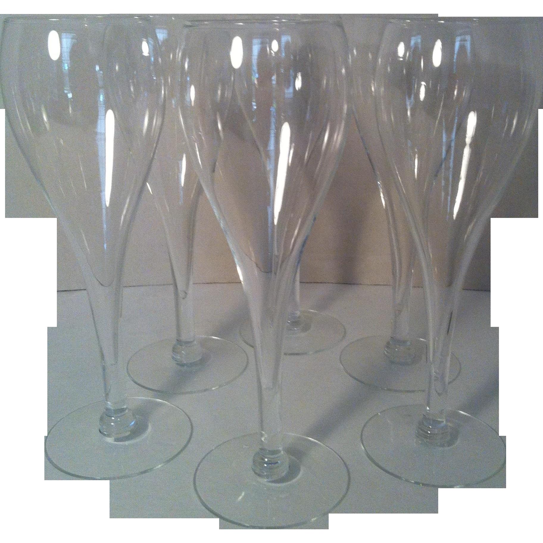 6 Elegant Blown Champagne Flutes