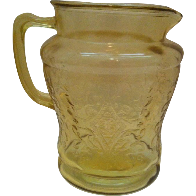 Federal Madrid Amber 80 ounce Pitcher
