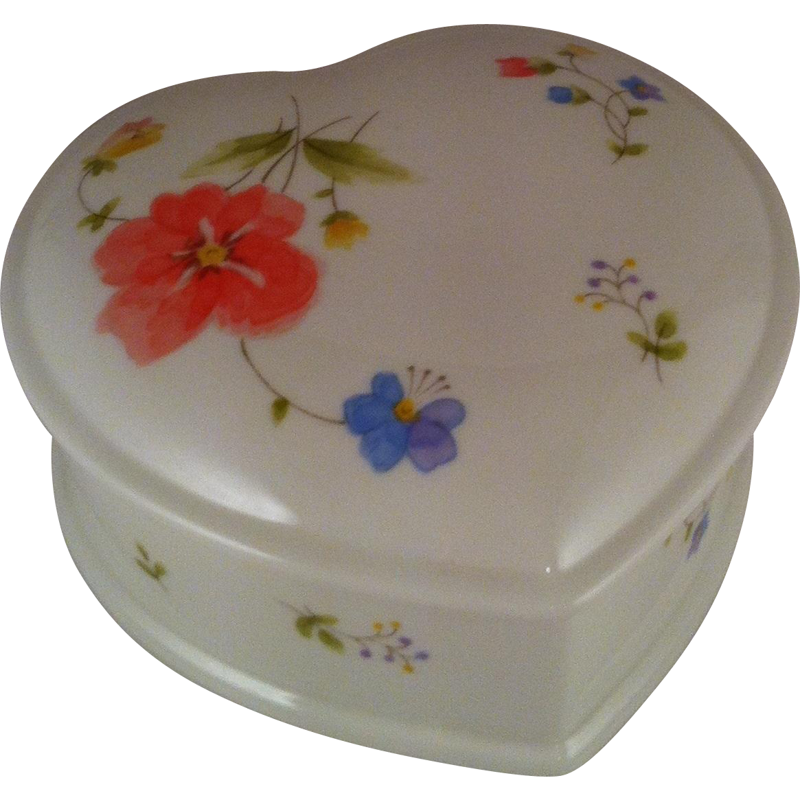 """Mikasa Just Flowers 4 1/2"""" Heart Box with Lid"""