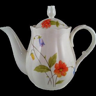 Mikasa Just Flowers Mini Teapot