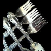 """6 Reed & Barton """"Tiger Lily"""" Salad / Dessert Forks"""