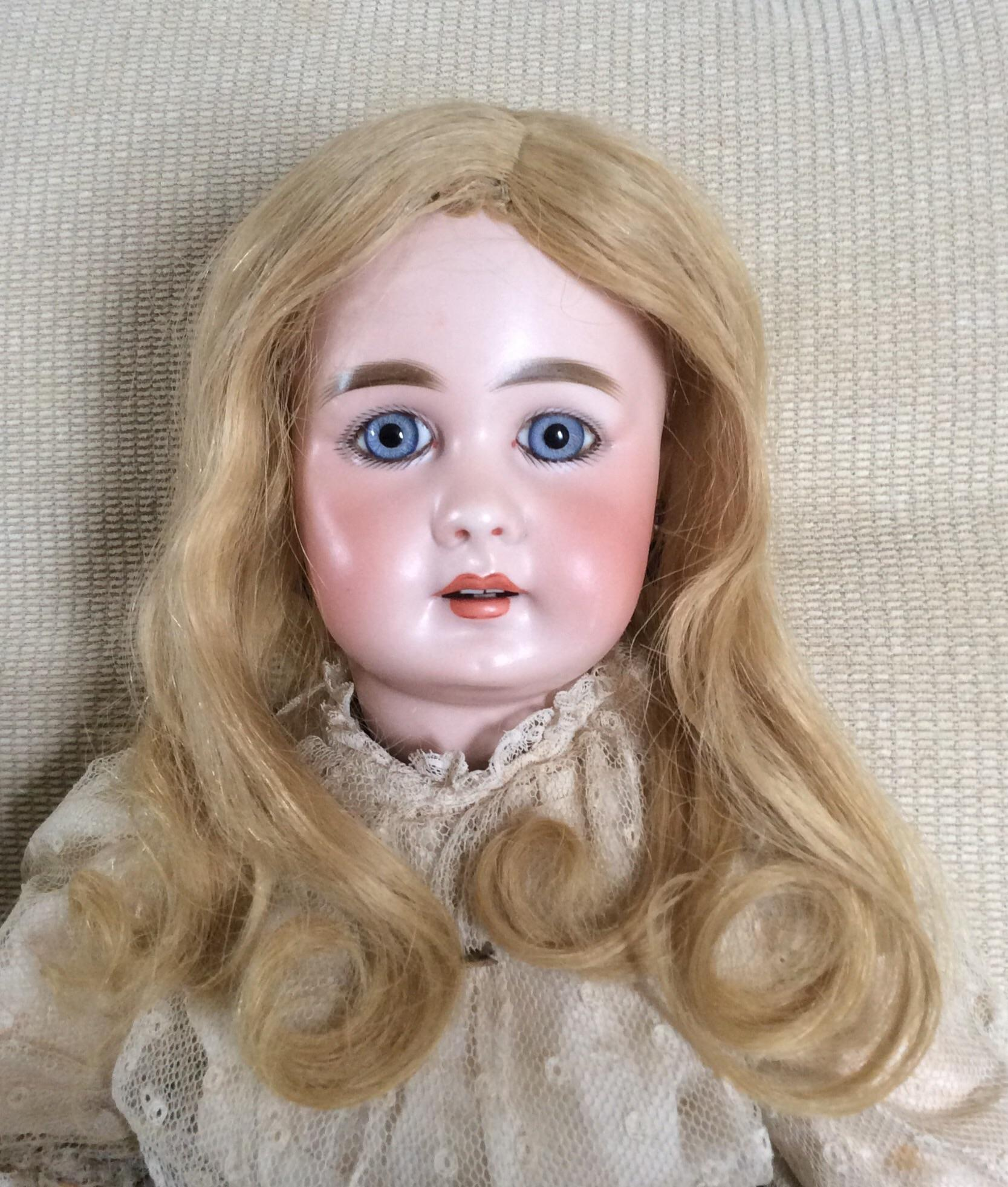 Wigs And Antique Doll 39