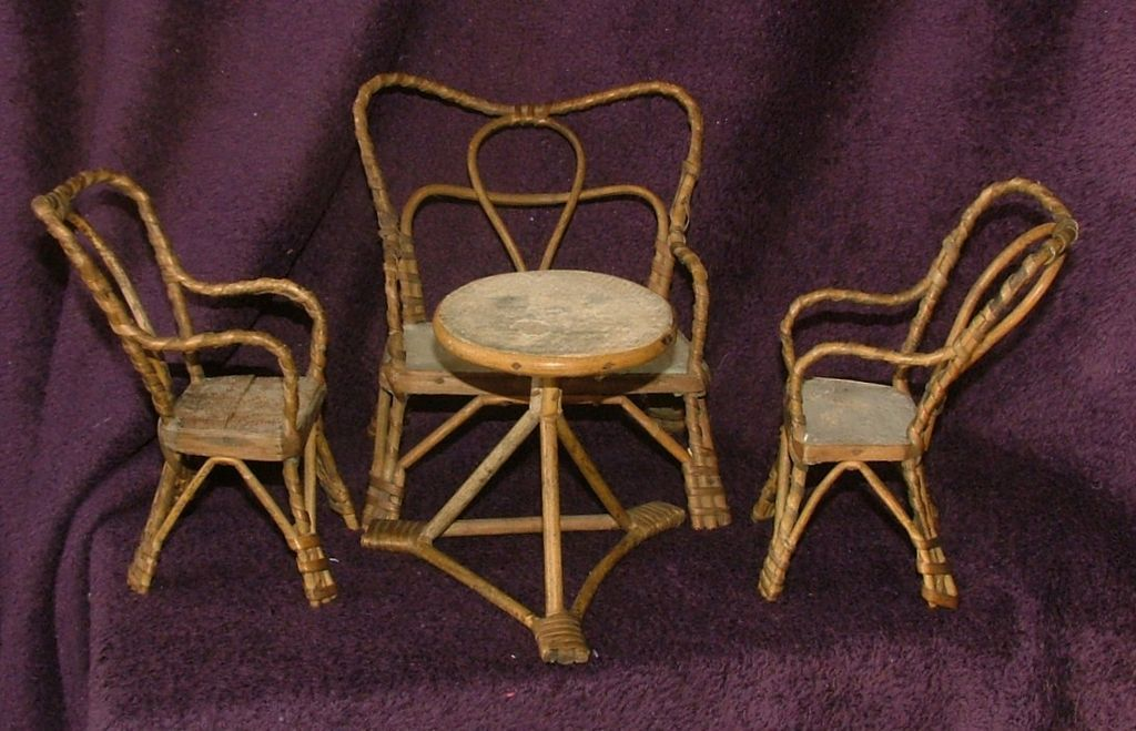 Dolls Wicker furniture