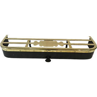 Early 19th century fireplace trivet fender