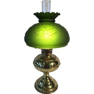 Oil lamp made by the Rayo co. 1892. Eagle shade